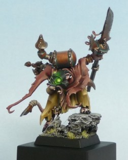 Seigneur Skaven -  Charles Kirkpatrick-  Bronze GD UK 2010. Une jolie figurine mais un niveau aisément atteignable avec du travail